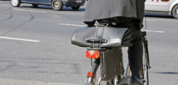 IAM offers advice on road sharing