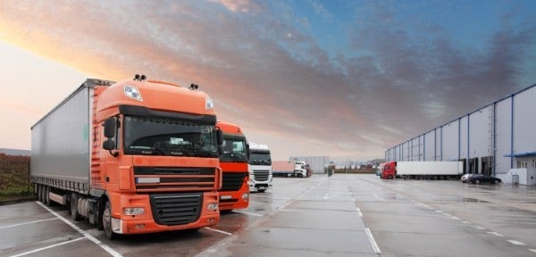 Surge in heavy truck numbers in H1 2016 (image credit: iStock/TomasSereda)